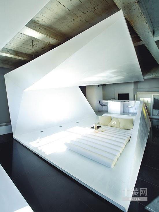 怡龙枫景园复式楼现代厨房装修效果图