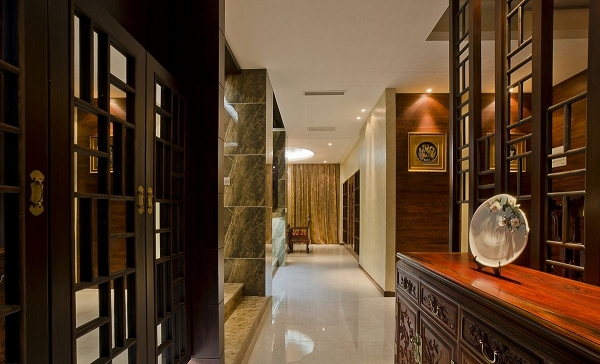 110平米现代公寓进门玄关装修效果图   鞋柜玄关隔断装修